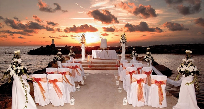 Middle Eastern Couples Love To Marry In Cyprus