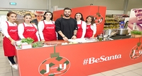 Akis Petretzikis Cooks Christmas Recipes in Cyprus Together with Coca-Cola